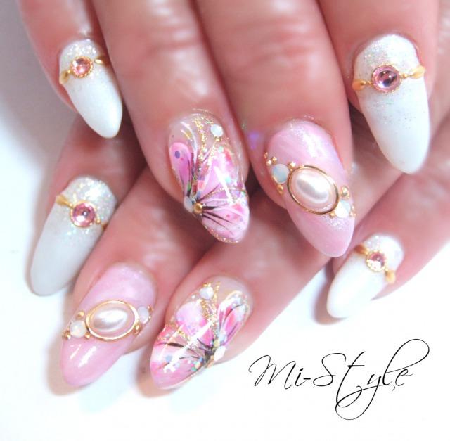 スプリングフラワーと桜貝ネイル