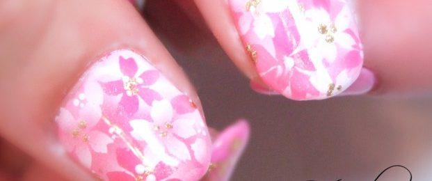 卒業式&入学式にぴったりのエアブラシで満開の桜ネイル