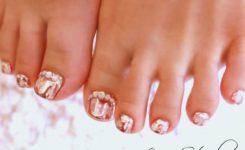 キラキラの輝き!雪の結晶×ピンクミラーネイルで上品スタイルに♪